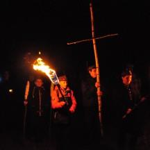 Droga Krzyżowa w lesie-9